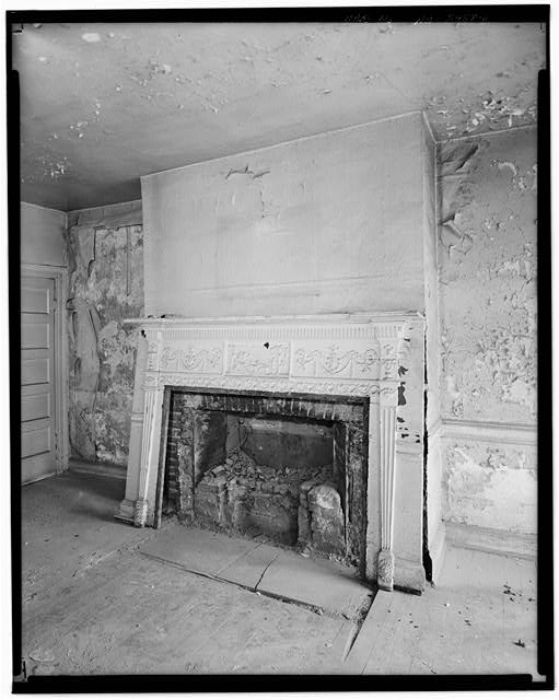 6.  SECOND FLOOR, FRONT ROOM, RIGHT THREE BAYS, DETAIL OF FIREPLACE - Jacob Houseman House & Office, 2 Front Street, New York, New York County, NY