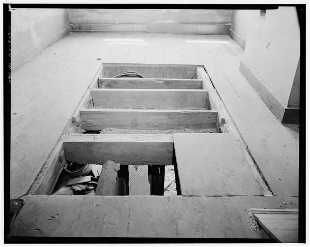 11.  THIRD FLOOR (TENTATIVELY INDENTIFIED), DETAIL OF FLOOR SUPPORTS - Jacob Houseman House & Office, 2 Front Street, New York, New York County, NY