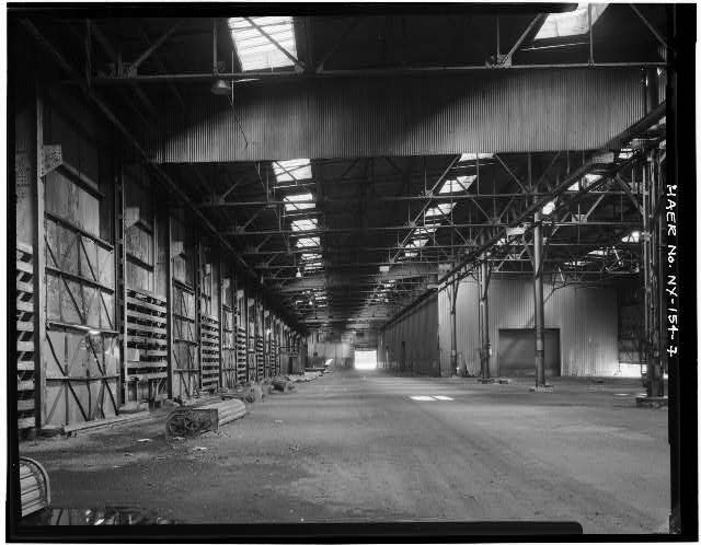 7.  VIEW OF INSHORE THIRD OF PIERSHED INTERIOR, LOOKING NORTHEAST AT WARN ROOM AND PART OF HEADHOUSE - New York Barge Canal, Gowanus Bay Terminal Pier, East of bulkhead supporting Columbia Street, Brooklyn, Kings County, NY