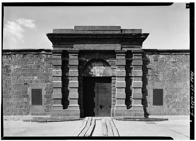 4.  EXTERIOR ELEVATION (NORTH) OF MAIN GATE - Castle Clinton, Battery Park, New York, New York County, NY