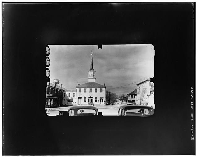 3.  SE FACADE Copy photograph of photogrammetric plate LC-HABS-GS07-T-810-602R. - Old Perry County Courthouse, Town Square, Somerset, Perry County, OH