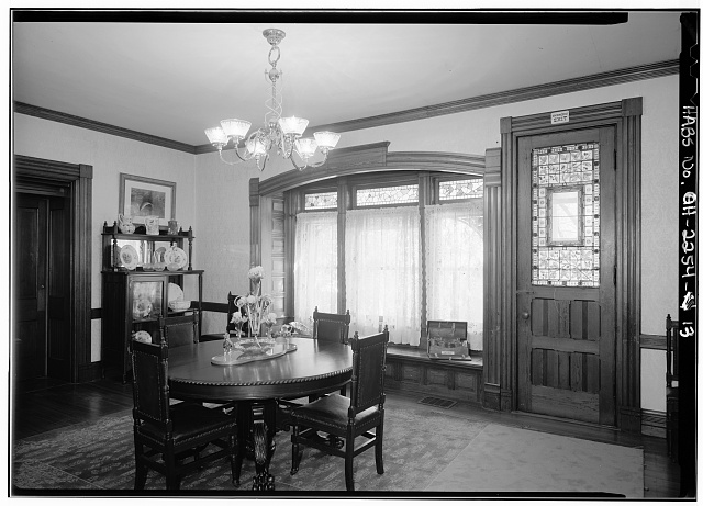 13.  GENERAL VIEW IN DINING ROOM, FIRST FLOOR - Lawnfield, 8095 Mentor Avenue (U.S. Route 20), Mentor, Lake County, OH