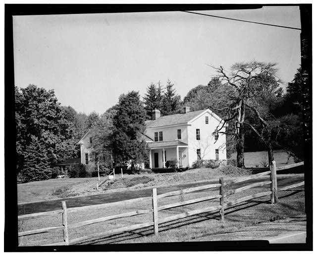 1.  GENERAL VIEW FROM SOUTHEAST SHOWING HOUSE AND ENVIRONS - James Wallace House, 8230 Brandywine Road, Northfield Center, Summit County, OH
