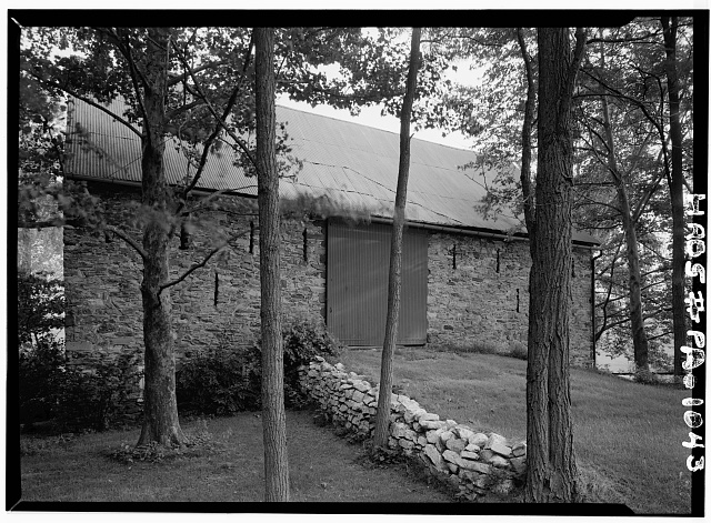 2.  Historic American Buildings Survey, Cervin Robinson, Photographer September, 1958 NORTH ELEVATION. - Abraham Knabb Barn, Oley Line Road vicinity (Oley Township), Oley, Berks County, PA