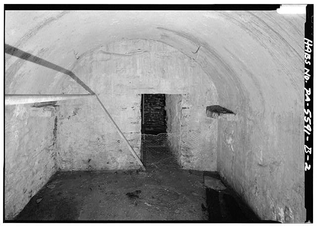 2.  INTERIOR VIEW LOOKING NORTHWEST TOWARDS ENTRY INTO WELL AREA - High Farm, Spring House (Underground), Creek Road, 1 mile East of Easton Road, Perkasie, Bucks County, PA