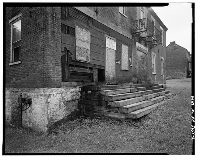 3.  SOUTH CORNER, DETAIL OF PORCH STEPS - Christian S. Overholt Store & House, Frick Avenue, West Overton, Westmoreland County, PA