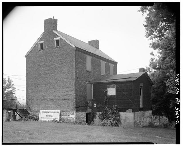 2.  NORTHEAST AND NORTHWEST SIDES - Overholt Company Workers House F, Frick Avenue, West Overton, Westmoreland County, PA