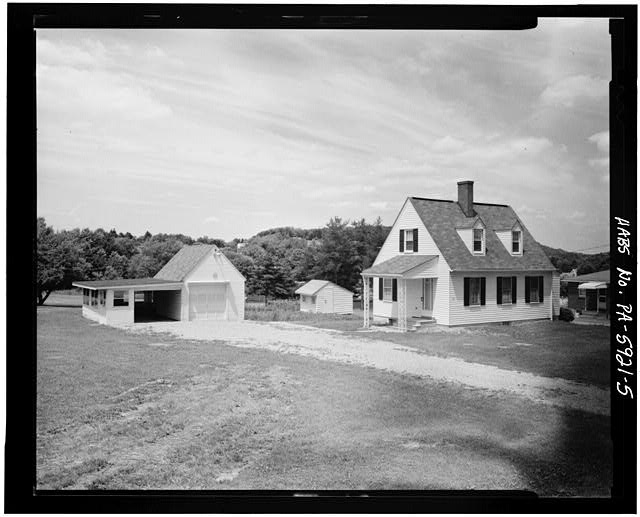 5.  VIEW OF TYPE 402R HOUSE, GARAGE AND POULTRY HOUSE, LILAC LANE, SECTION B - Town of Norvelt, Norvelt, Westmoreland County, PA