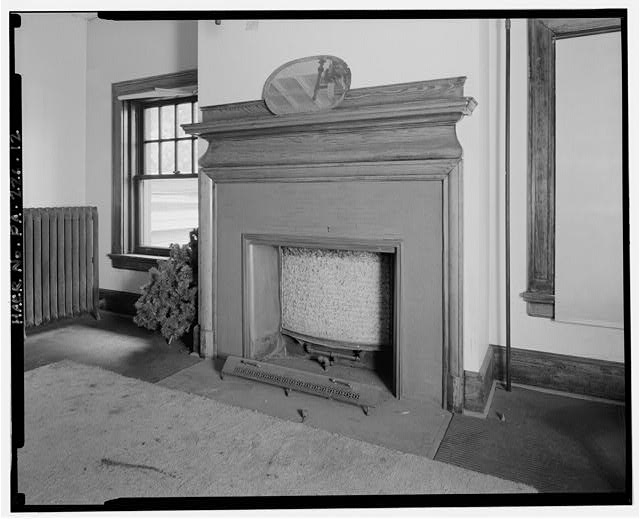 12.  LOWER STATION, SECOND FLOOR, BOARD OF DIRECTORS' MEETING ROOM, NORTHWEST WALL. FIREPLACE DETAIL. - Monongahela Incline Plane, Connecting North side of Grandview Avenue at Wyoming Street with West Carson Street near Smithfield Street, Pittsburgh, Allegheny County, PA