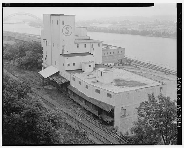 View from duquesne incline looking west - Stewart Company Grain Elevator, 16 West Carson Street, Pittsburgh, Allegheny County, PA