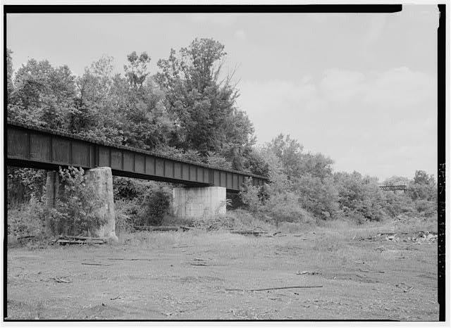 Detail view of deck girder spans, looking Northnortheast. - Pennsylvania Railroad, French Creek Trestle, Spanning French Creek, north of Paradise Street, Phoenixville, Chester County, PA