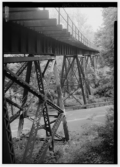 Looking south along trestle from north abutment. - Pennsylvania Railroad, Pickering Creek Trestle, Spanning Pickering Creek, south of Buckwalter Road, Pickering, Chester County, PA