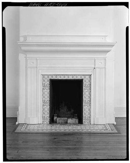 6.  Historic American Buildings Survey, Cervin Robinson, Photographer July 24, 1970 SECOND FLOOR NORTHWEST BEDROOM MANTEL. - Charles H. Baldwin House, Bellevue Avenue, Newport, Newport County, RI