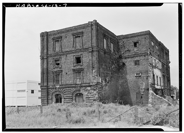 10.  Historic American Buildings Survey, Louis Schwartz, Photographer May, 1958 EXTERIOR FROM NORTHEAST. - Bennett's Rice Mill, Between East Bay, Hasell, Concord & Laurens Streets, Charleston, Charleston County, SC
