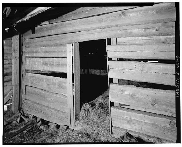 9.  Interior, north room looking at south wall - Featherstone Tenant Farm, County Road 81, Lowndesville, Abbeville County, SC