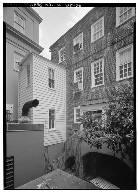 36.  PERSPECTIVE VIEW OF NORTH (REAR) SHOWING EAST TENEMENT'S ADDITION - Daniel Blake Tenement, 6-8 (2-4) Courthouse Square, Charleston, Charleston County, SC