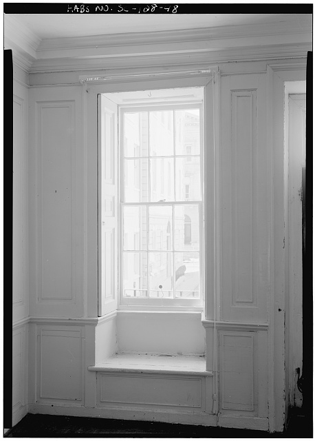 48.  DETAILED VIEW OF WINDOW (CASEMENT?) WITH SHUTTERS OPEN, FIRST FLOOR, SOUTHWEST ROOM, WEST WALL - Daniel Blake Tenement, 6-8 (2-4) Courthouse Square, Charleston, Charleston County, SC