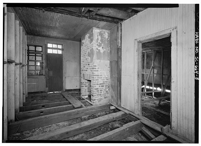 8.  INTERIOR VIEW OF FIRST FLOOR WEST ADDITION, NORTHWEST ROOM, NORTH AND EAST WALLS - 14 Amhearst Street, Charleston, Charleston County, SC