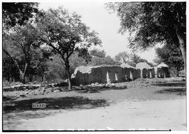 7.  Historic American Buildings Survey, Arthur W. Stewart, Photographer, April 23, 1936 GENERAL VIEW OF RUINS OF INDIAN QUARTERS (LOOKING NORTHWEST). - Mission San Juan de Capistrano, Berg's Mill-Graf Road, San Antonio, Bexar County, TX