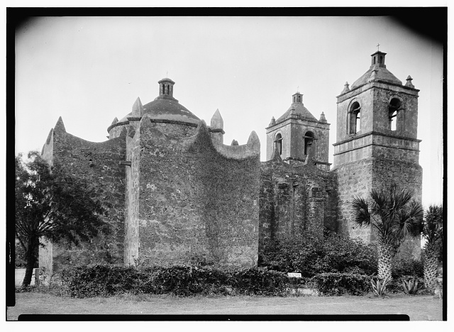 8.  Historic American Buildings Survey, Arthur W. Stewart, Photographer, April 10, 1936 NORTH ELEVATION (SIDE). - Mission Nuestra Senora de La Purisima Concepcion, 807 Mission Road, San Antonio, Bexar County, TX
