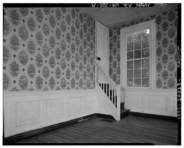 19.  INTERIOR, EASTERN WING, FIRST FLOOR, SHOWING SMALL STAIRCASE - Sherwood Forest, State Route 5 vicinity, Charles City, Charles City, VA