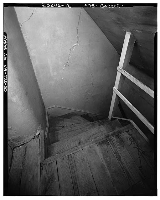30.  INTERIOR, HEAD OF A SMALL STAIRCASE (EXACT LOCATION UNKNOWN) - Sherwood Forest, State Route 5 vicinity, Charles City, Charles City, VA