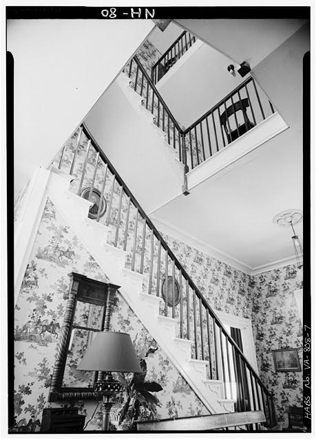 7.  INTERIOR, ENTRANCE HALL, LOOKING UP STAIRWELL - Cessford, U.S. Route 13, Eastville, Northampton County, VA