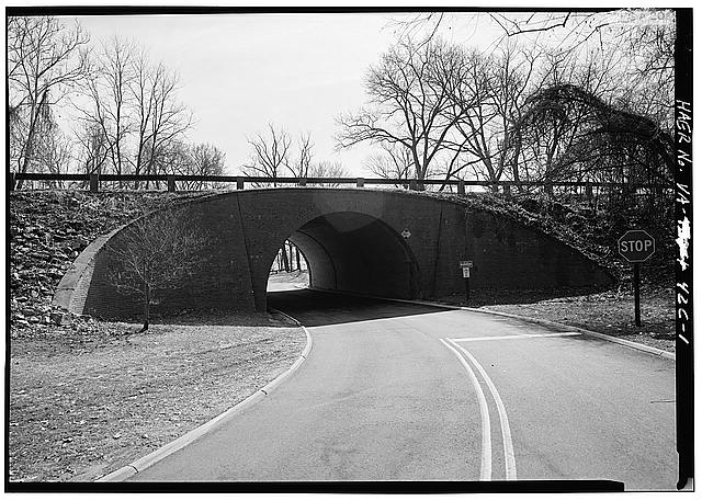 1.  WEST ELEVATION, POTOMAC RIVER VISIBLE THROUGH PORTAL. - Mount Vernon Memorial Highway, Fort Hunt Overpass, Mount Vernon Memorial Highway, 5.9 Miles South of I-95, Mount Vernon, Fairfax County, VA