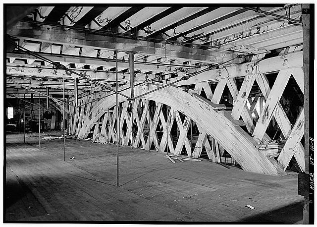 8.  Laminated arch, 2nd floor bridge; view is south. - E. & T. Fairbanks & Company, Two-Story Covered Bridge, Saint Johnsbury, Caledonia County, VT