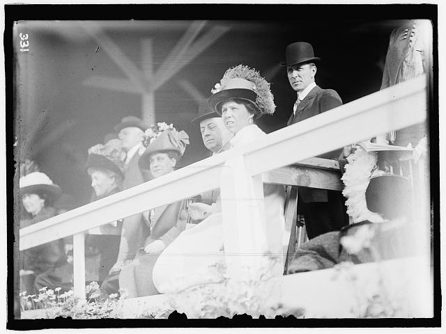 HORSE SHOW. KNOX, PHILANDER CHAS., ATTORNEY GENERAL OF U.S., 1901-1904; SENATOR FROM PENNSYLVANIA, 1904-1909, 1917-1921; SECRETARY OF STATE, 1909-1913