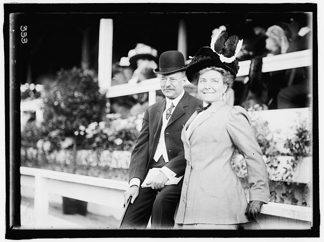 HORSE SHOWS. REP. AND MRS. HORACE M. TOWNER