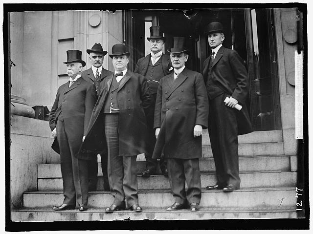 GOVERNORS. GALLINGER, JACOB HAROLD, REP FROM NEW HAMPSHIRE, 1885-1889. SENATOR, 1891-1918; BASS, ROBERT P., GOVERNOR OF NEW HAMPSHIRE, 1911-1913. LEFT REAR