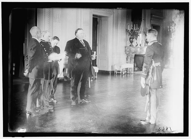 GAUGOT, JULIEN. CAPT., U.S.A., RECEIVING MEDAL OF HONOR FROM PRESIDENT TAFT. MEDALS, ETC.
