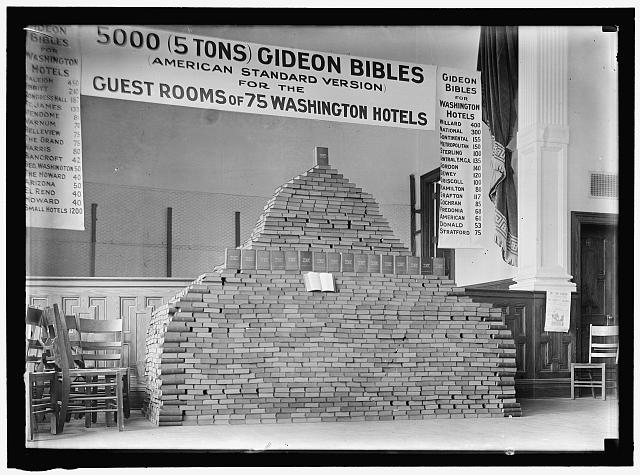 BIBLES. 5000 GIDEON BIBLES FOR D.C. HOTELS