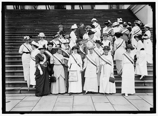 MONDELL, FRANK WHEELER. REP. FROM WYOMING, 1895-1897, 1899-1923. REAR, WITH SUFFRAGETTES AT CAPITOL