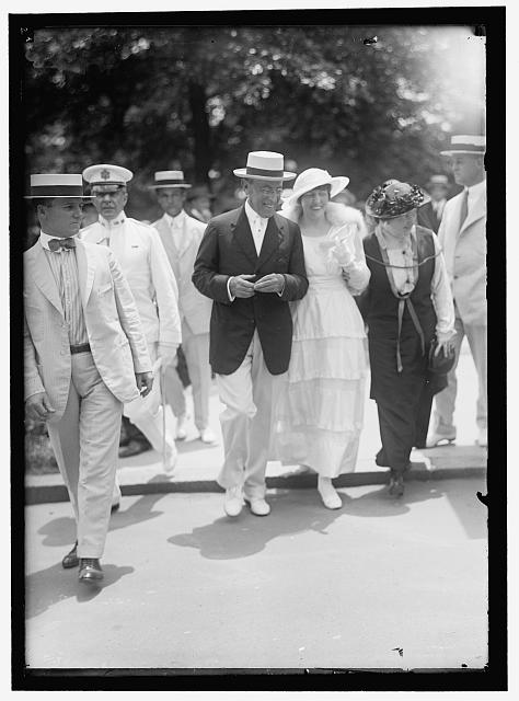 McADOO, MRS. WILLIAM GIBBS, NEE ELEANOR WILSON. WITH FATHER, PRESIDENT WILSON