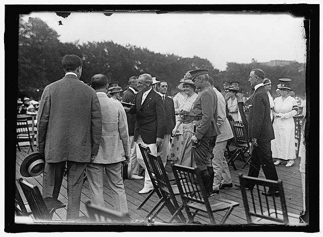 HOME GUARD. ORGANIZATION OF GOVERNMENT CLERKS, D.C. PRESIDENT AND MRS. WILSON, COL. HARTS, ETC. ARRIVING FOR REVIEW
