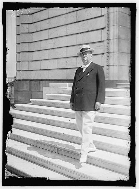 CHAMBERLAIN, GEORGE EARLE, SENATOR FROM OREGON, 1909-1921; MEMBER, U.S. SHIPPING BOARD, 1921-1923. DRAFT PARADE