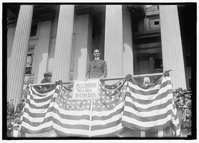 McADOO, WILLIAM GIBBS. SECRETARY OF THE TREASURY, 1913-1921. LIBERTY LOANS