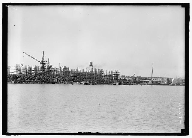 ALEXANDRIA SHIP YARDS. VIEWS