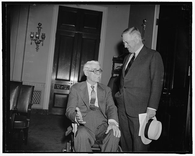 Congressman from Texas. Washington, D.C., July 24. A new informal picture of Rep. Joseph J. Mansfield, Democrat of Texas, 7/24/39