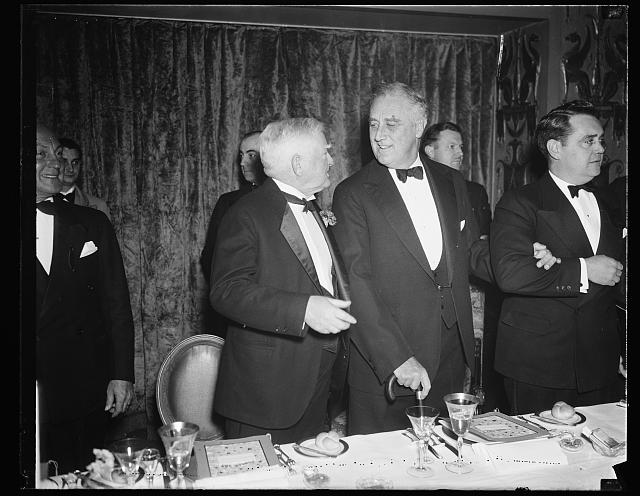 FDR [Franklin Delano Roosevelt] & 2 men at table