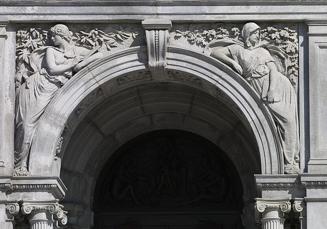 [Exterior view. Detail of sculpted Literature spandrels by Bela L. Pratt above doors on the front façade. Library of Congress Thomas Jefferson Building, Washington, D.C.]