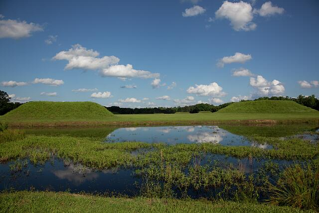 The Moundville site, occupied from around A.D. 1000 until A.D. 1450, is a large settlement of Mississippian culture on the Black Warrior River in central Alabama