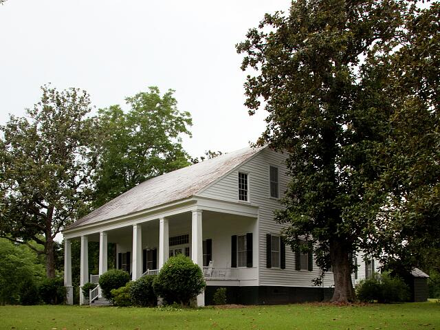 Historic buildings located in the town of Oak Hill, Alabama