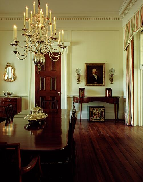 Dining room in the Grinnan Villa, New Orleans, Louisiana