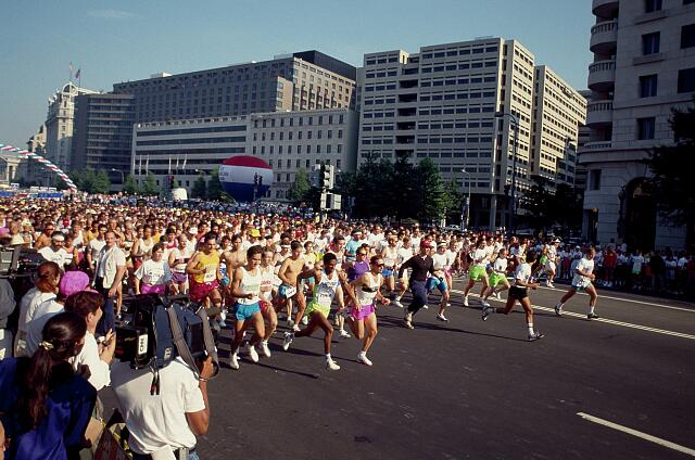 Race for the Cure on Pennsylvania Avenue, Washington, D.C.