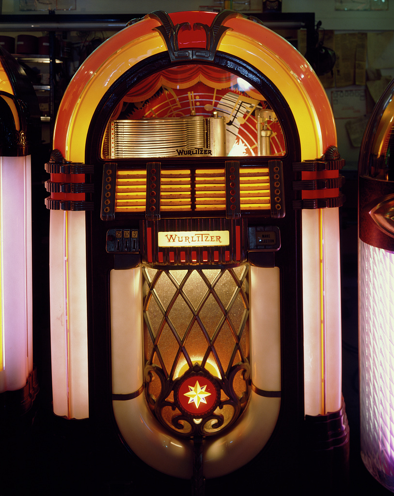 Vintage Jukeboxes For 56