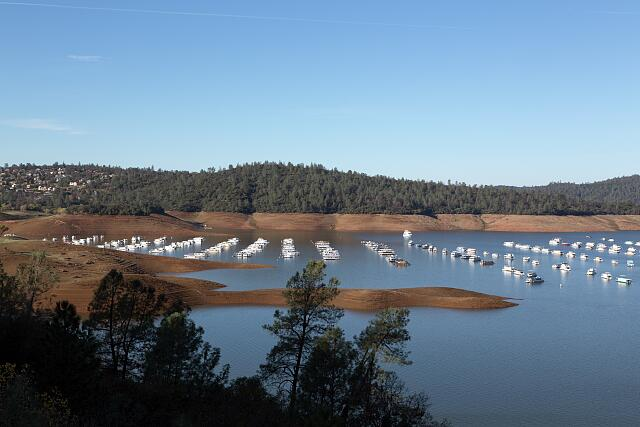 The yacht basin on Lake Oroville, above the city of the same name. The reservoir was created by damming the Feather River