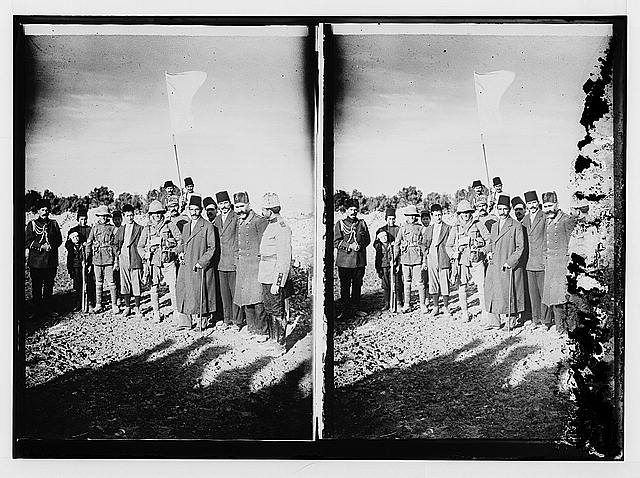 The surrender of Jerusalem to the British, December 9th, 1917. The mayor of Jerusalem, with white flag, offers surrender to two British tommies (sergeants).